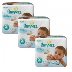 Pampers - 180 Couches New Baby Sensitive sur Couches Poupon